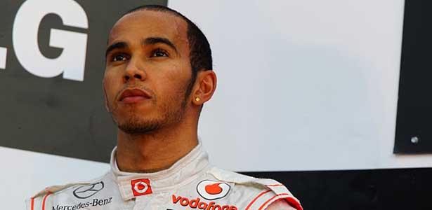 F111-hamilton-coreia-domingo-podio615