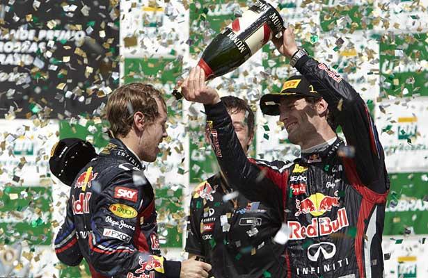 F111-vettel-webber-brasil-podio615