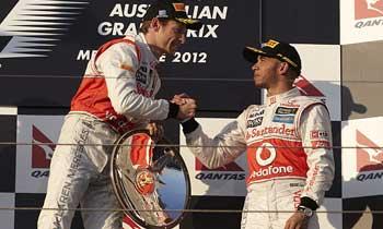 F112-button-hamilton-australia-domingo-podio350