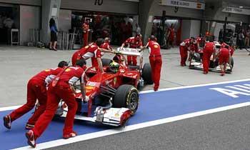 F112-ferrari-carros-pitlane-china-sabado350