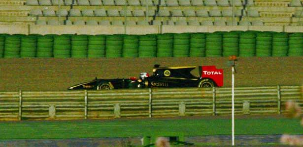 F112-raikkonen-valencia-teste-renault-r30615