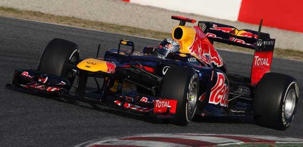F112-vettel-barcelona-teste-terca615
