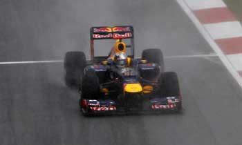 F112-vettel-malasia-domingo-chuva350