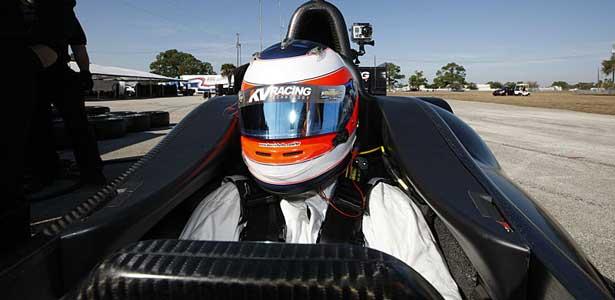 Indy12-barrichello-sebring-teste-cockpit615