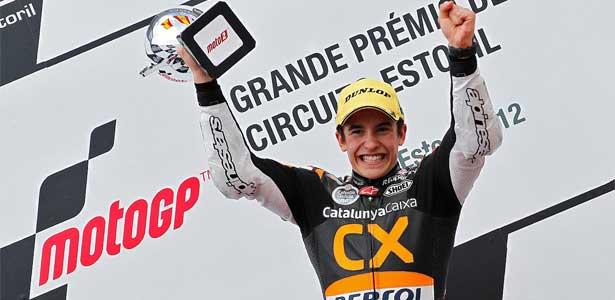 Moto212-marquez-portugal-podio615