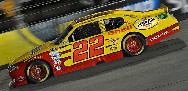 NASCAR11-kurt-busch-richmond615