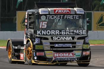 Truck12-RobervalAndrade