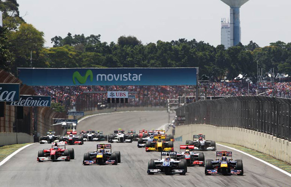 f1-2010-brasil-largada