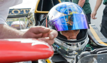 f111-alesi renault capacete-350