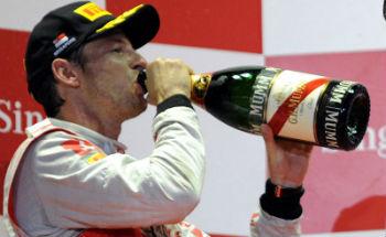 f111-button-champagne-350
