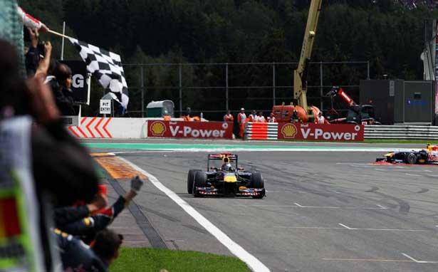 Red Bull domina Spa 2011