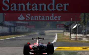 santander-delighted-with-f1-sponsor-backing_1