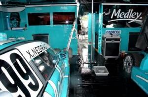 """Técnicos da Medley tiveram problemas com a água que invadiu os """"boxes"""""""