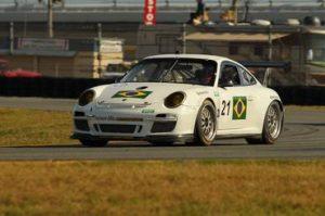 Carro 21 testa em Daytona