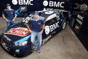 Zonta e Tuka apresentam o carro da BMC Racing