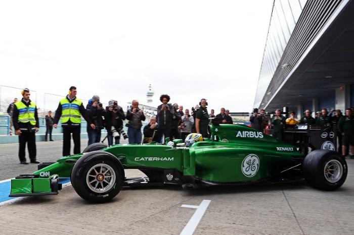F1 – Caterham finalmente apresenta seu carro para 2014