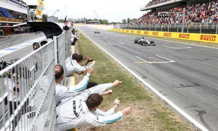 Mercedes domina temporada 2014