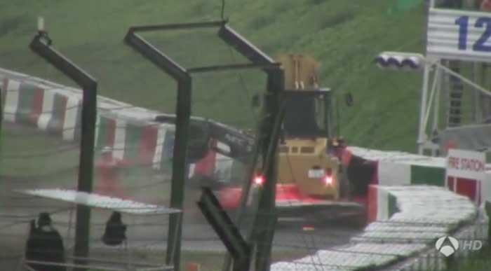 Momento do choque de Bianchi com o guindaste em Suzuka