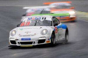 Fábio Alves é campeão da Porsche GT3 Challenge em Interlagos