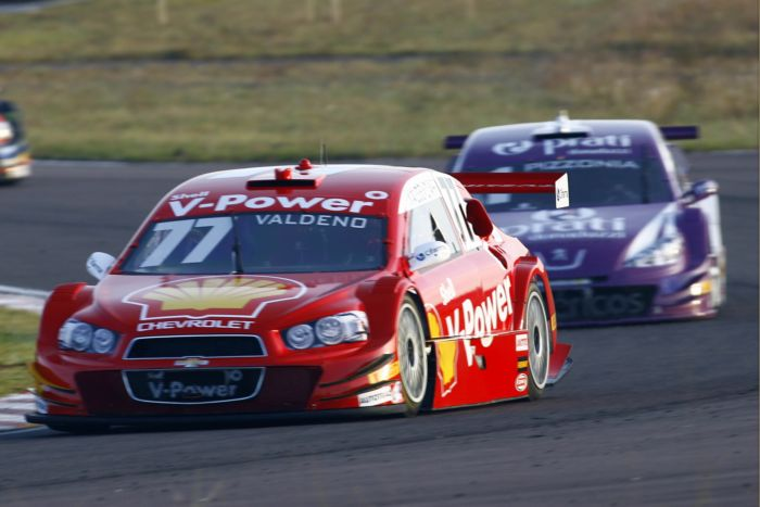"""Stock Car – Valdeno Brito vence """"corrida mais difícil da vida"""" em ..."""