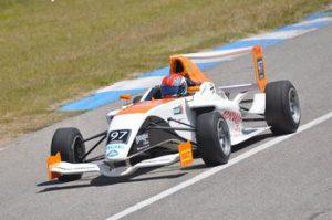 F4-16-Bruna Tomaselli