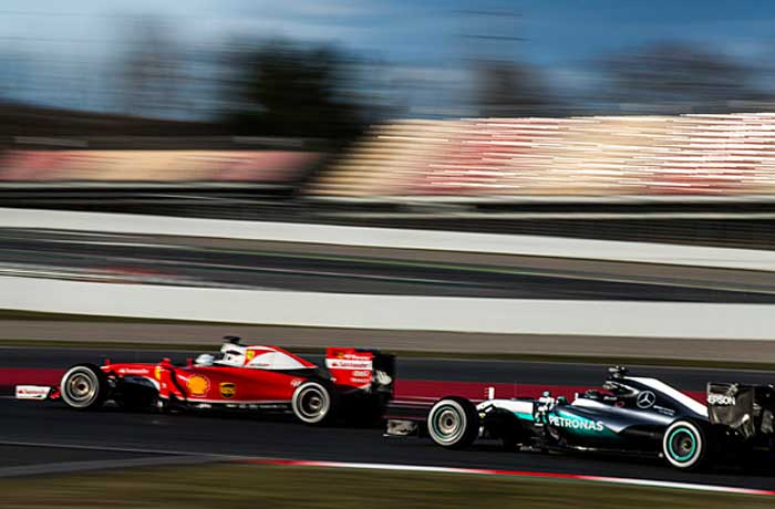 F1 – Ecclestone quer a Ferrari lutando pelo título