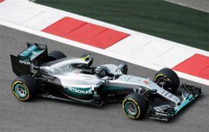 """F1 – Vantagem da Mercedes é """"catastrófica"""", diz dirigente russo"""