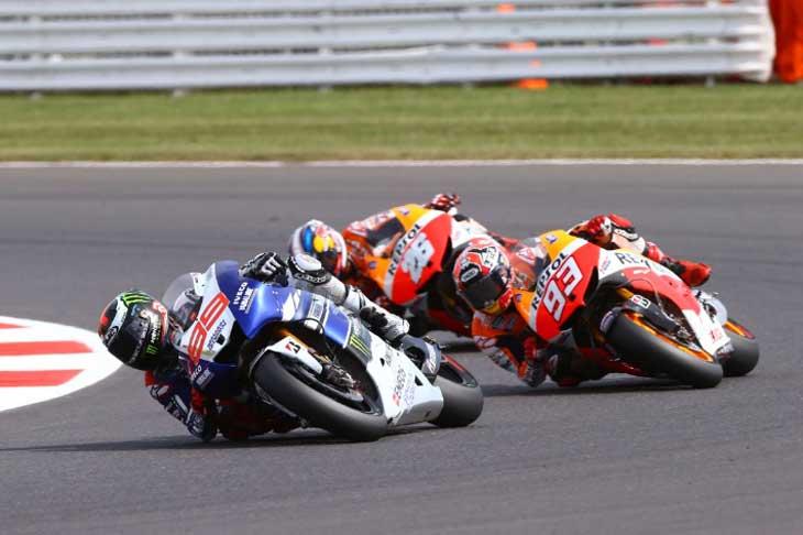 Esquadra espanhola em ação na MotoGP
