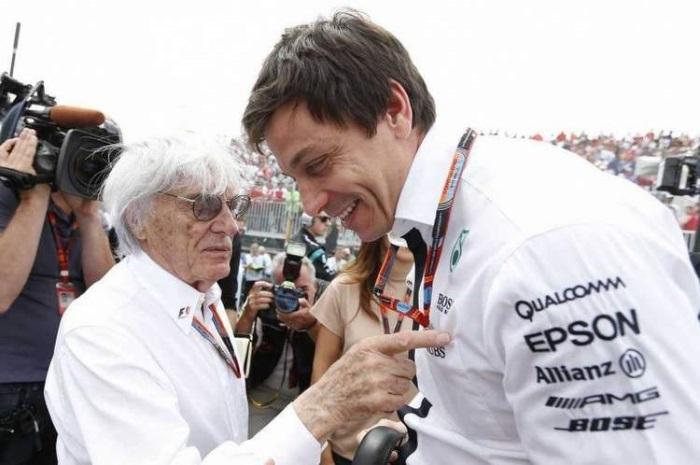 F1 – Ecclestone é contrário às ordens de equipe da Mercedes