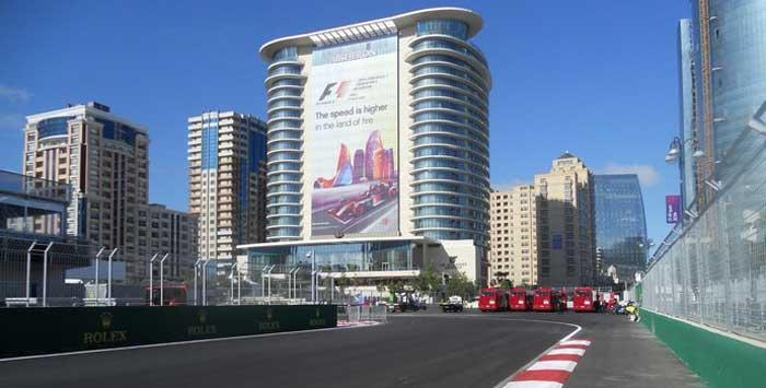 Curva 1 em Baku