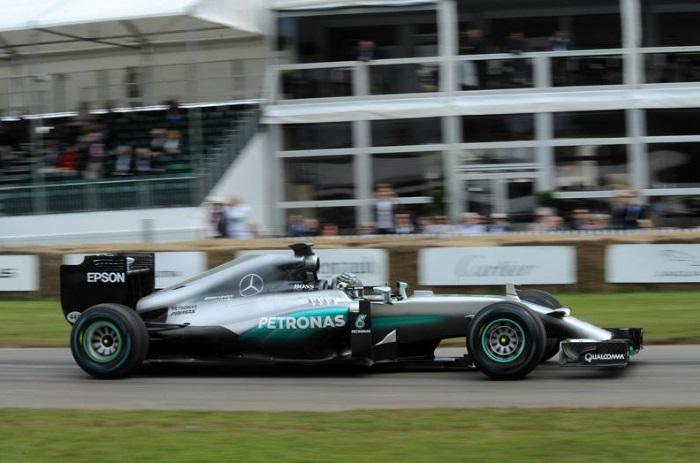 F1 – Rosberg conquista a pole em classificação caótica na Hungria