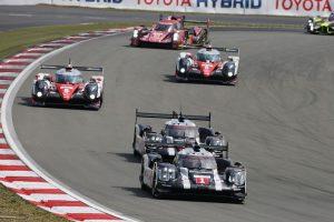 Porsche de T.Bernhard, M.Webber, B.Hartley