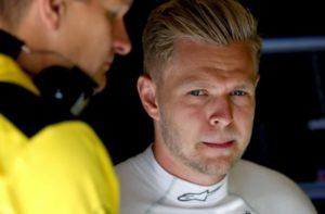 Pai de Magnussen defende seu comprometimento com a F1