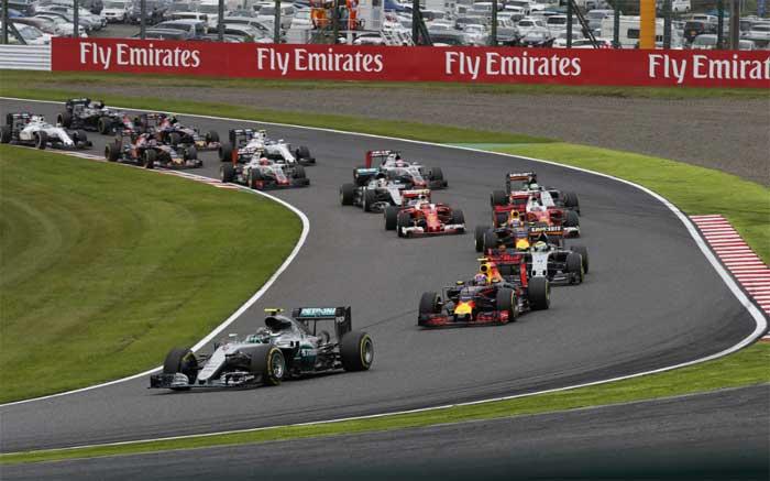 Rosberg lidera pelotão em Suzuka