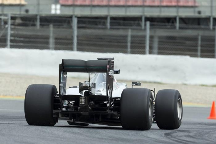 Mercedes no teste da Pirelli