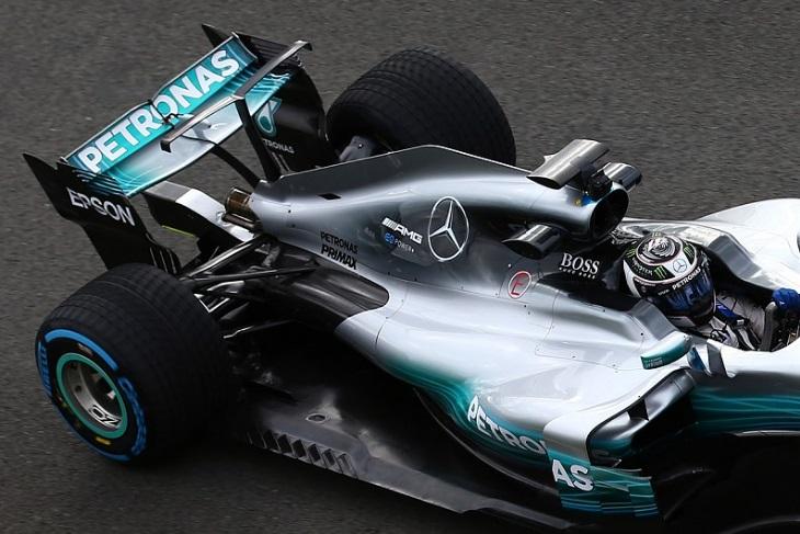 Aleta do Mercedes W08
