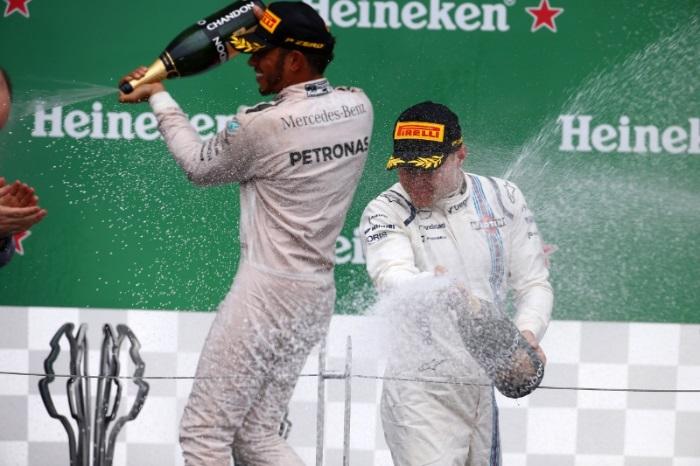 Lewis Hamilton e Valtteri Bottas