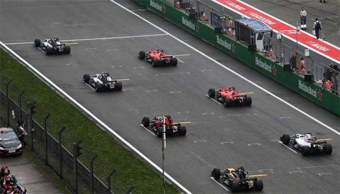 Vettel fora do colchete de largada