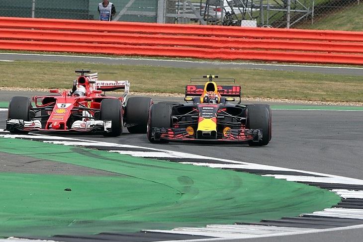 Sebastian Vettel e Max Verstappen
