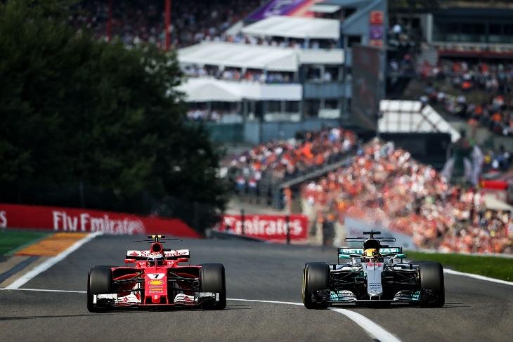 Kimi Raikkonen e Lewis Hamilton