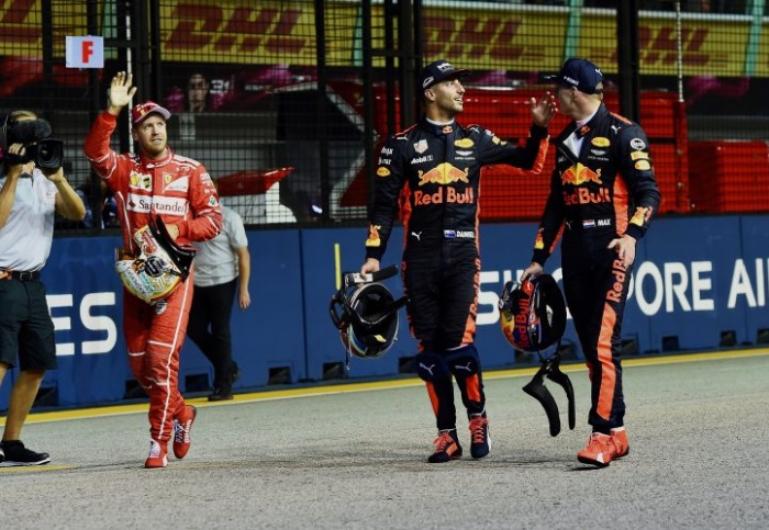 Sebastian Vettel, Daniel Ricciardo e Max Verstappen