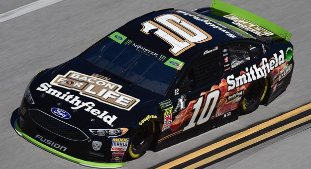 NASCAR – Aric Almirola faz a pole em Atlanta 53cc1a19bbf23